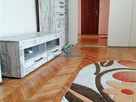 Apartament de vânzare 3 camere, în Cluj-Napoca, zona Mănăştur