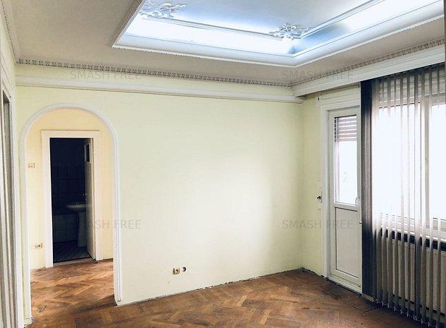 Apartament 4 camere + terasa de 15mp, zona Armeneasca - imaginea 1