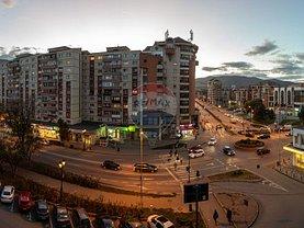 Apartament de vânzare sau de închiriat 4 camere, în Alba Iulia, zona Central