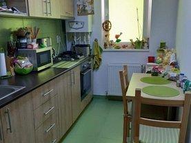 Apartament de vânzare 2 camere în Popesti-Leordeni, Sud