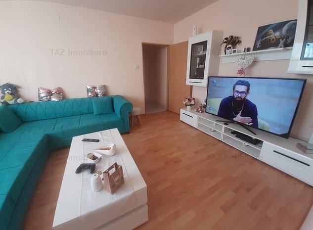 Girocului-Apartament 3 camere - imaginea 1