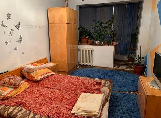 Cetatii - Apartament 3 camere - imaginea 1