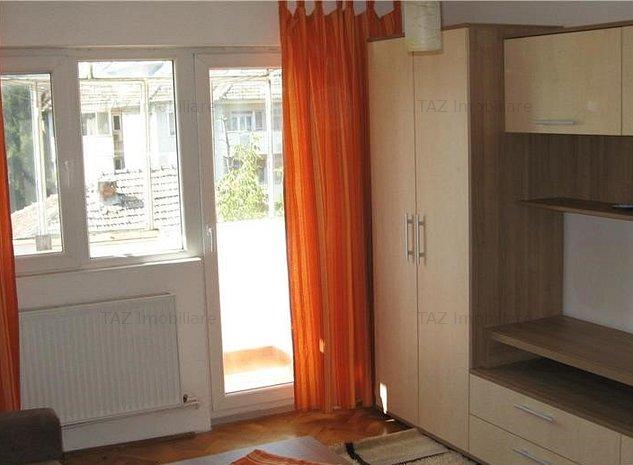 Complex Studentesc- Apartament cu 1 camera - imaginea 1
