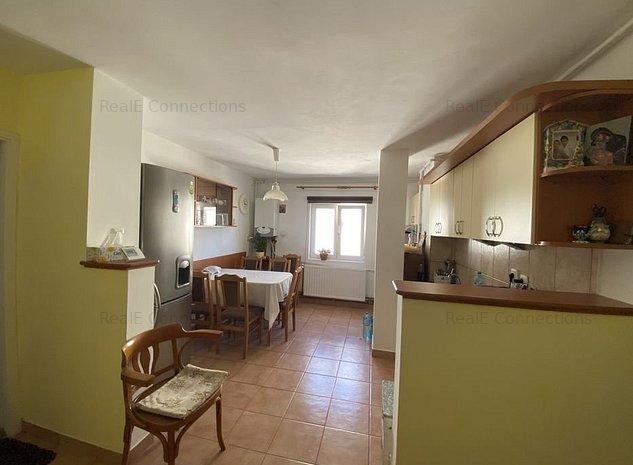 Apartament cu 3 camere in Arad zona Alfa central - imaginea 1