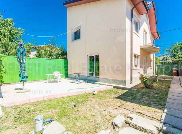 Sos Chitila Sector 1, Vila si casa aceeasi curte vis-a-vis Carrefour - imaginea 1