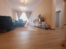 Apartament de vânzare 3 camere, în Dumbrăviţa, zona Nord