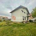 Casa de vânzare 3 camere, în Dumbrăviţa, zona Nord