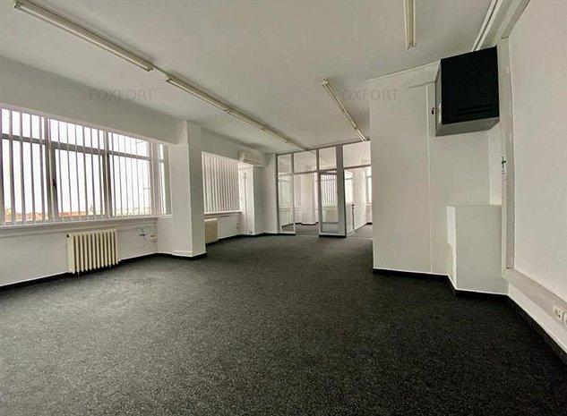 Birouri de inchiriat in Piata 700, Business Center - ID C200 - imaginea 1