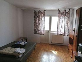 Apartament de vânzare 2 camere, în Râmnicu Vâlcea, zona Cartierul Traian