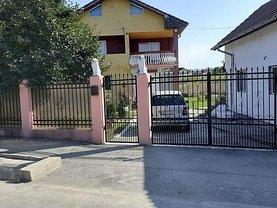 Casa de vânzare 9 camere, în Râmnicu Vâlcea, zona Troianu