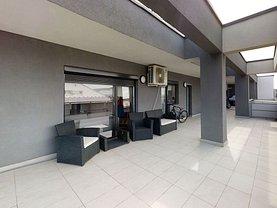 Penthouse de vânzare 5 camere, în Cluj-Napoca, zona Iris