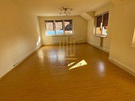 Apartament de închiriat 3 camere, în Sibiu, zona Ştrand