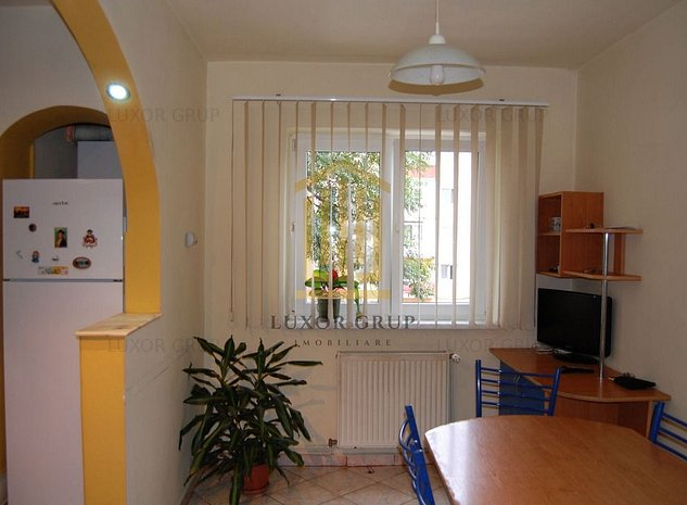 Apartament 3 camere | Zona Hipodrom 4 - imaginea 1
