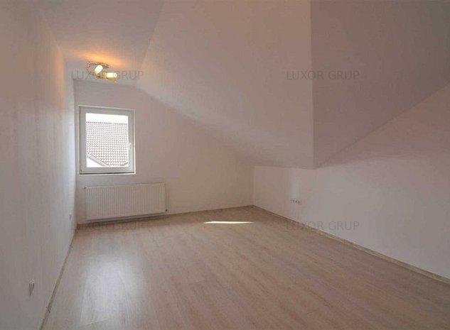 Apartament 4 camere | Calea Cisnadiei | Arhitectilor - imaginea 1
