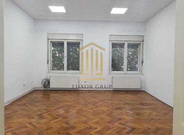 Apartament 3 camere | Zona Centrala | Gradina 59 mp | 93 mpu | Pivnita - imaginea 1