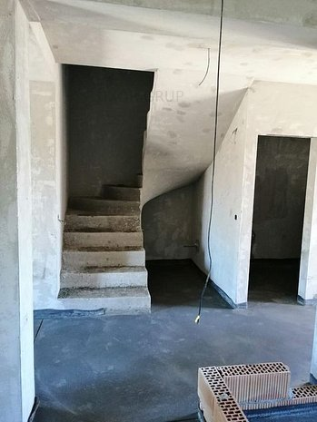 Casa / Duplex cu 4 camere | zona Veterani - imaginea 1