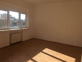 Apartament de vânzare 3 camere, în Bucureşti, zona P-ţa Rosetti