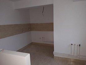 Apartament de vânzare 2 camere, în Piatra-Neamt, zona Ultracentral