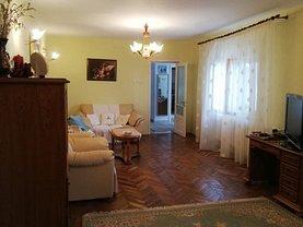 Casa de vânzare 5 camere, în Constanţa, zona Trocadero