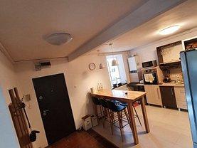 Apartament de vânzare 4 camere, în Braşov, zona Astra