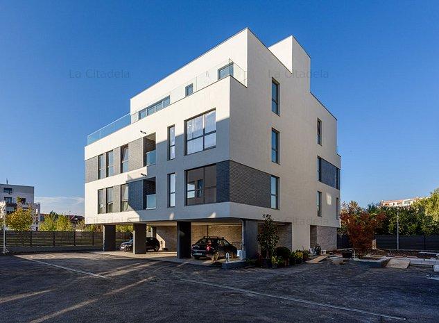 Apartament de Vanzare, 3 camere - La Citadela zona Baneasa-Sisesti - imaginea 1