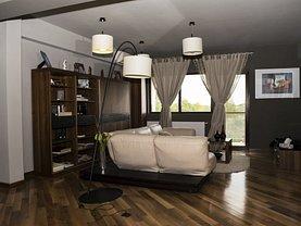 Apartament de vânzare 4 camere, în Târgovişte, zona Nord-Vest