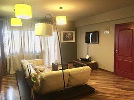 Apartament de vânzare sau de închiriat 4 camere, în Târgovişte, zona Nord-Vest