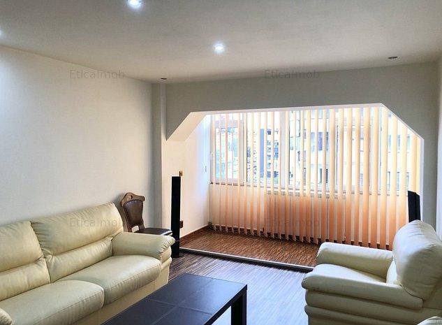 Inchiriere apartament 4 camere - zona centrala - imaginea 1