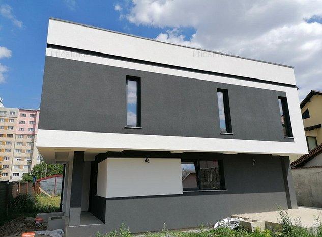 Vila 5 camere construcție 2020 - imaginea 1