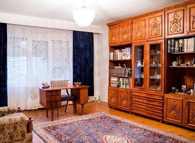 Casa/vila de vanzare, 6 camere, 10 minute de centrul orasului Targoviste - imaginea 1
