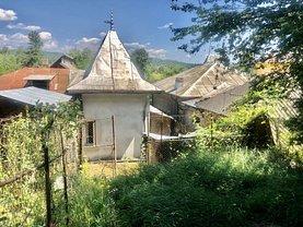 Casa de vânzare 3 camere, în Moreni, zona Nord-Vest