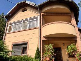 Casa de vânzare 4 camere, în Târgovişte, zona Micro 4