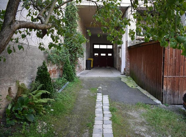 Comision 0! Apartament 2 camere decomandat si garaj- Str Filarmonicii - imaginea 1