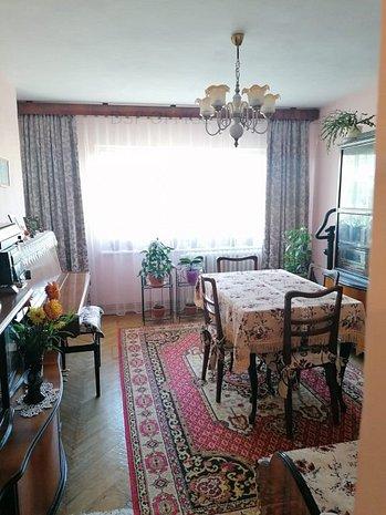 Apartament cu 2 camere decomandat, 2 balcoane, Centru - bd. Independentei, UMF - imaginea 1