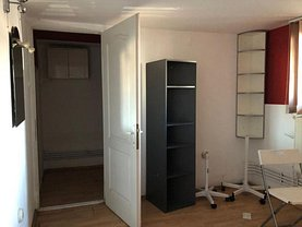 Apartament de închiriat 3 camere în Bistrita, Central