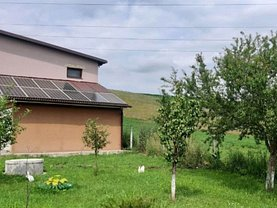 Casa de vânzare 4 camere, în Bistriţa, zona Sud