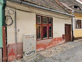 Casa de vânzare 3 camere, în Sibiu, zona Central