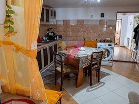 Casa de vânzare 4 camere, în Daia