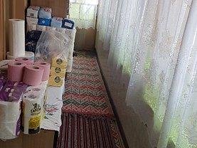 Casa de vânzare 5 camere, în Valea Dragului