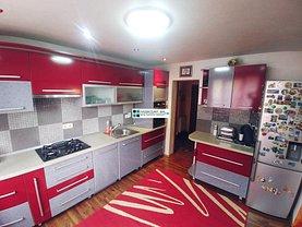 Casa de vânzare 5 camere, în Santana de Mures