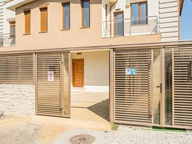 Apartament de închiriat 3 camere, în Constanţa, zona Kamsas