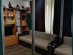 Apartament de închiriat 3 camere, în Constanţa, zona Inel II