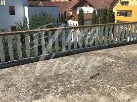 Casa de vânzare sau de închiriat 10 camere, în Sibiu, zona Calea Dumbrăvii