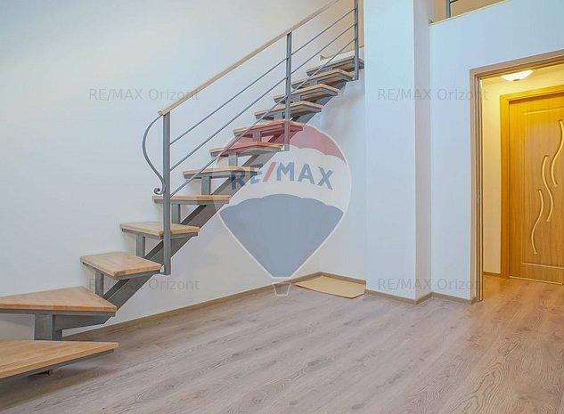 Casa / Vila cu 4 camere de vanzare in zona Centrul Civic - imaginea 1