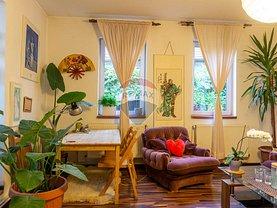 Casa de închiriat 2 camere, în Braşov, zona Schei