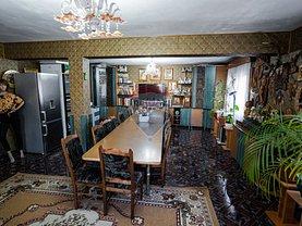 Casa de vânzare 5 camere, în Botoşani, zona Central