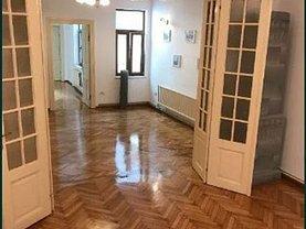 Casa de vânzare 12 camere, în Bucureşti, zona Cişmigiu