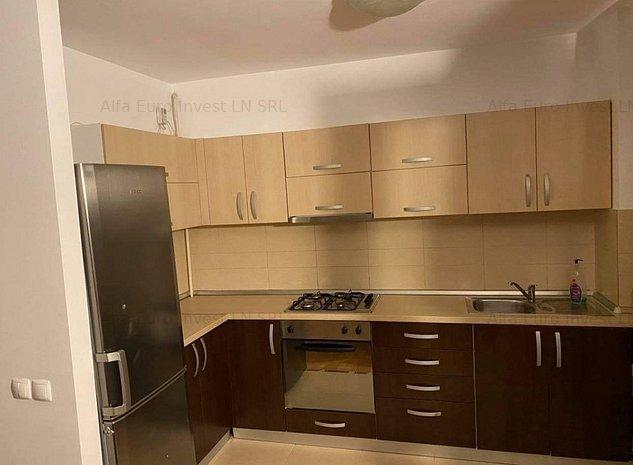 Apartament 3 camere ,decomandat , zona  Judetean . - imaginea 1