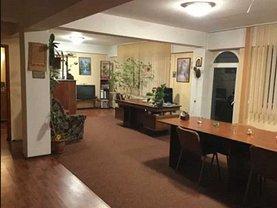 Casa de închiriat 8 camere, în Braşov, zona Griviţei
