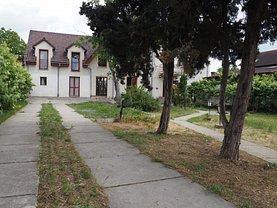 Casa de închiriat 9 camere, în Dumbrăviţa